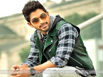 allu arjun comminig with biggest sensation movie