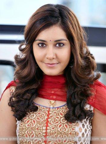 rashi khanna intrestead  de glamour roles
