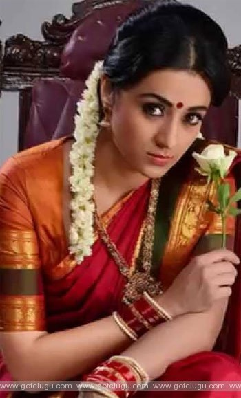 trisha as nayaki..
