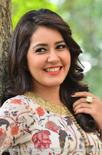 rashikhanna  likes looks chubby