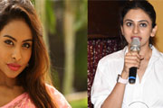 srireddy says sorry to rakul