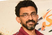 Sensational director Sekhar Kammula, who released the Hawala concept poster.