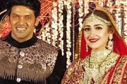 arya married sayesha